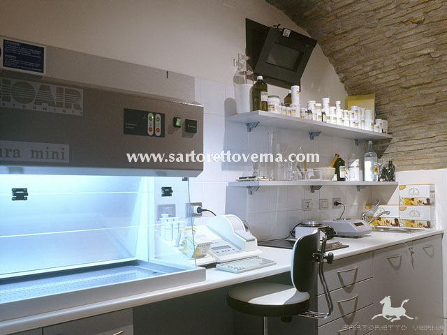 laboratorio_farmacia_02