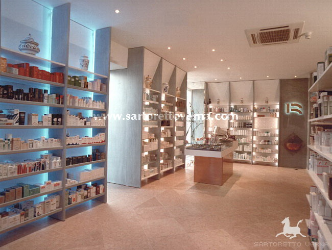 Sartoretto Verna pharmacy interior design - Rivosecchi Pharmacy