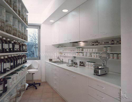 A dispensary - the Simeoni Pharmacy Cave  (RM)