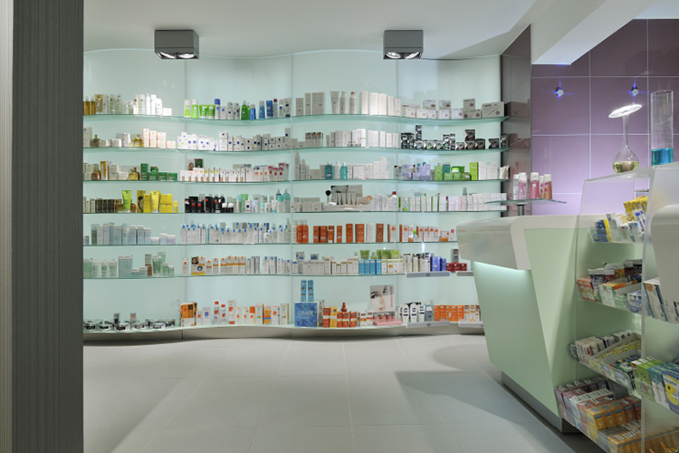 Ral 4 wall stand unit for pharmacy