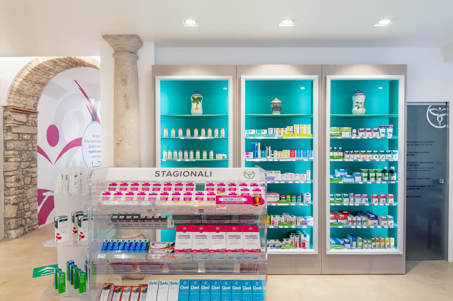 Pharmacy design Italy
